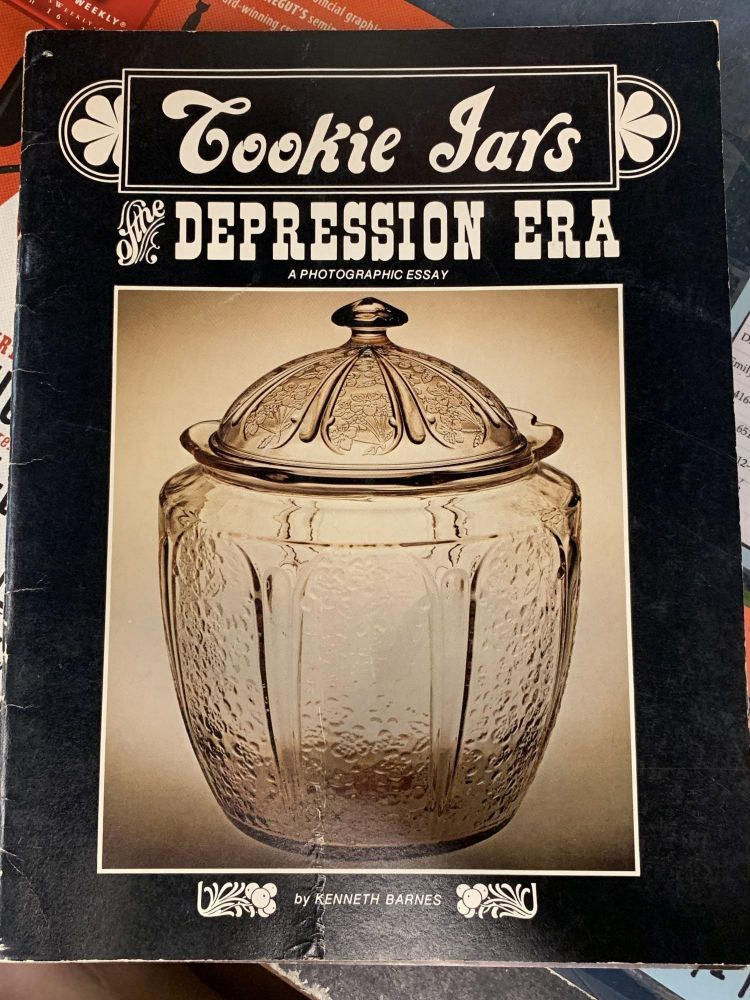 Cookie Jars of the Depression Era. Kenneth Barnes.