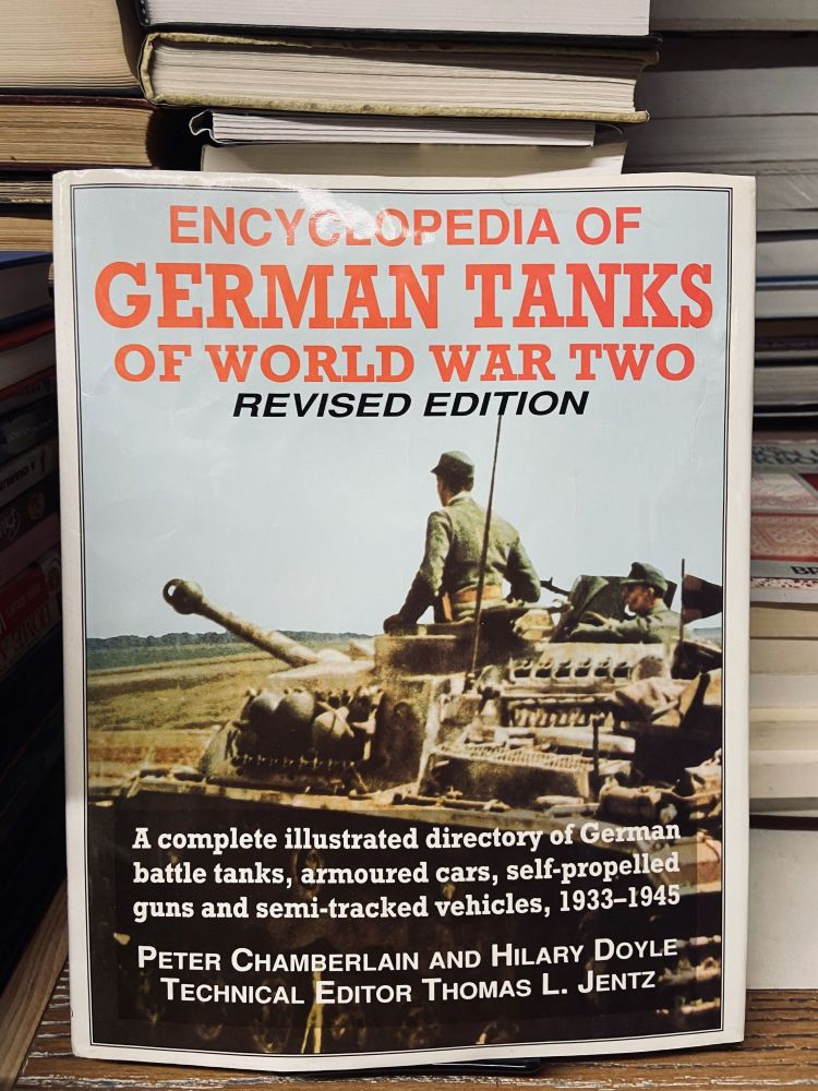 Encyclopedia of German Tanks of World War Two (Revised Edition). Peter Chamberlain, Hilary Doyle.