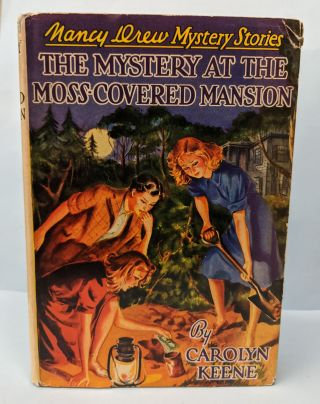 The Mystery at the Moss-Covered Mansion. Carolyn Keene