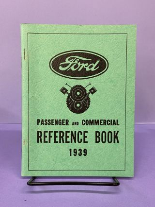 Ford Passenger and Commercial Reference Book