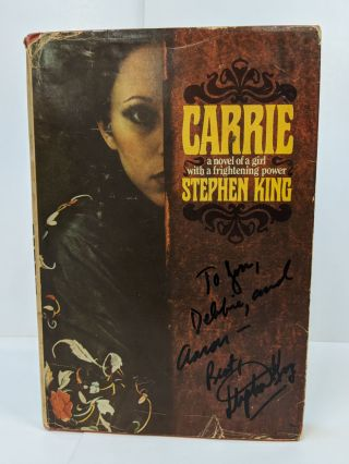 Carrie. Stephen King