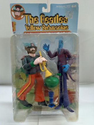 The Beatles Yellow Submarine: Sgt. Pepper's Lonely Hearts Club Band