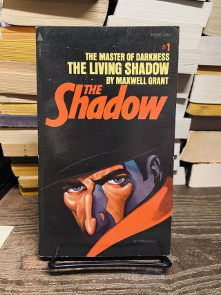 The Living Shadow (The Shadow, #1). Maxwell Grant